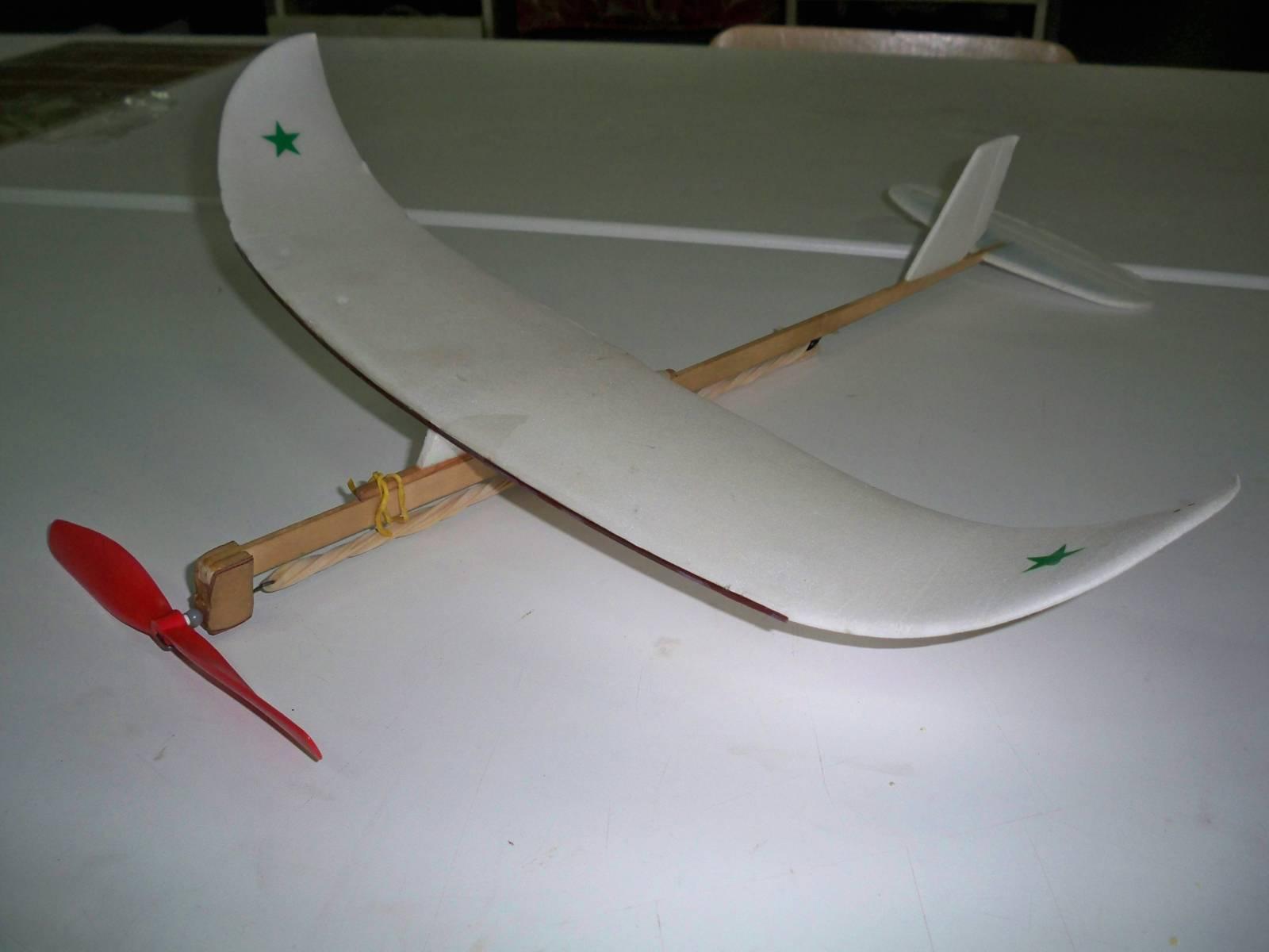 Самолёты своими руками из потолочки 67